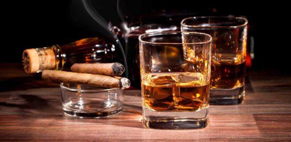 Rượu bia và các chất kích thích vô cùng nguy hiểm cho người mang bệnh lý trầm cảm